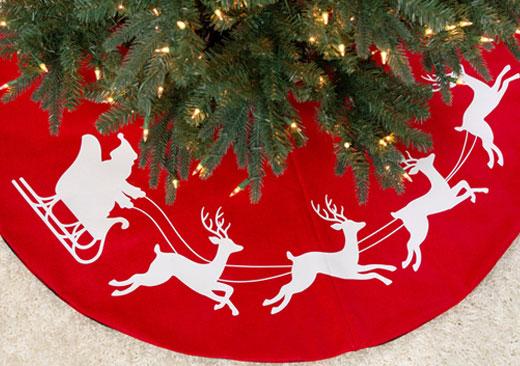 Santa Tree Skirt - image