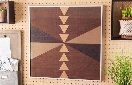 Geometrische Holzplatte
