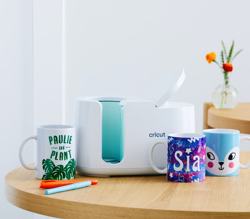 Cricut Mug Press with mugs