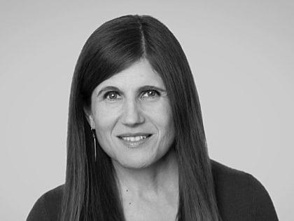 Gitta Salomon Headshot