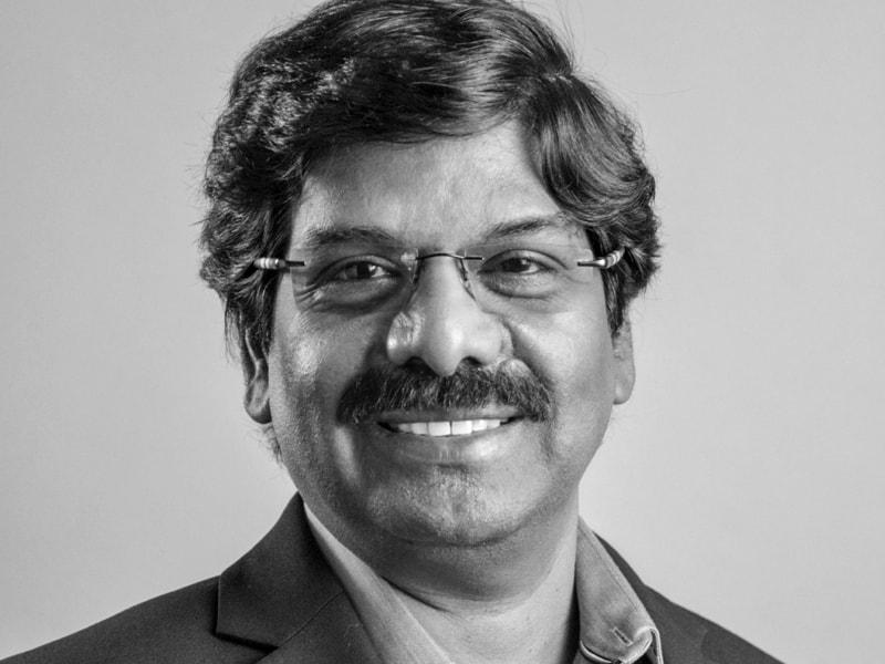 Siva Tharmarajah Headshot