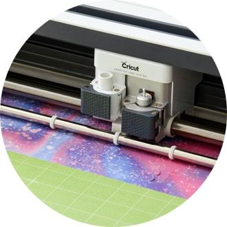 Cricut machine cutting