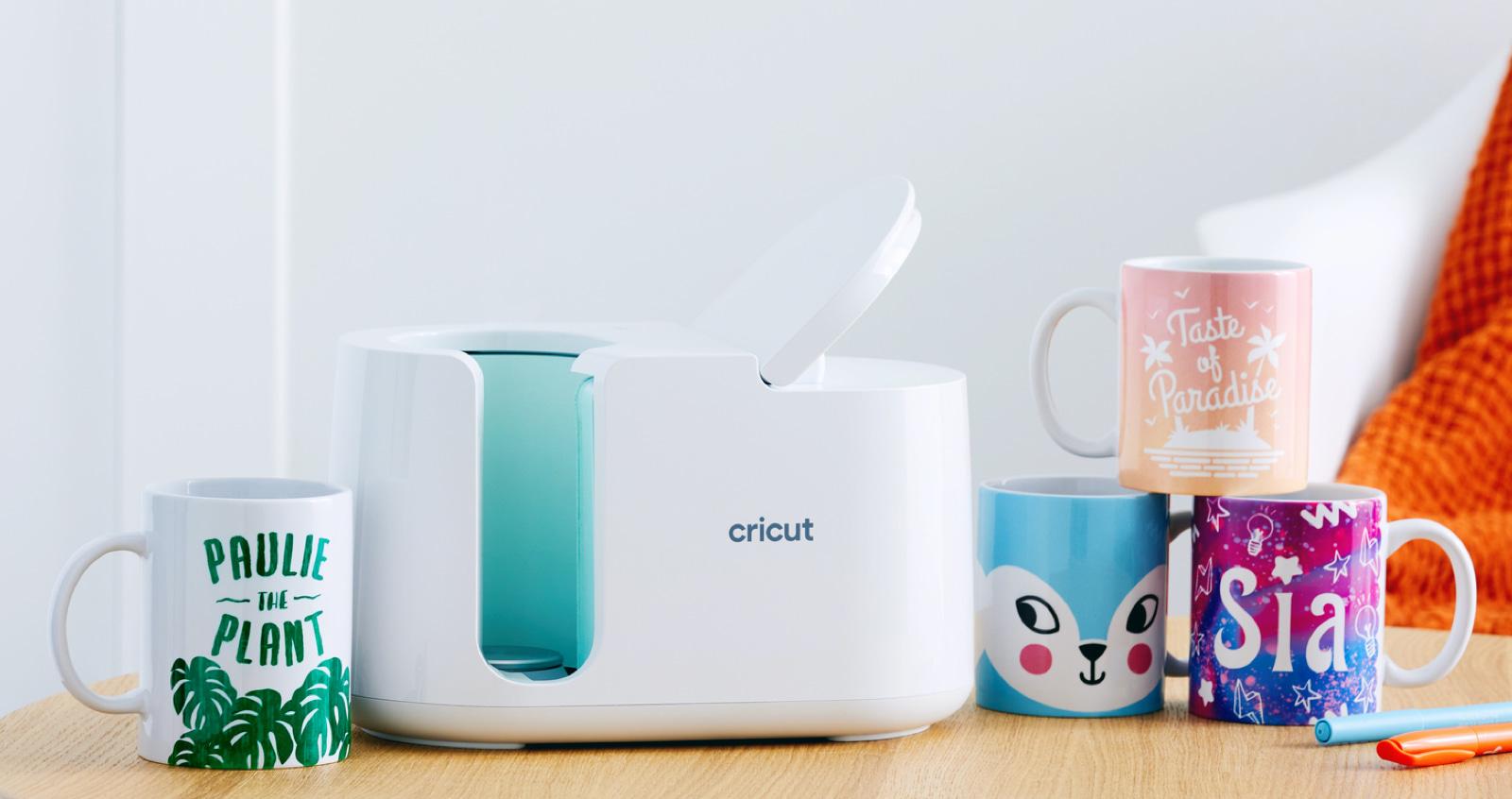 Cricut Mug Press with mugs