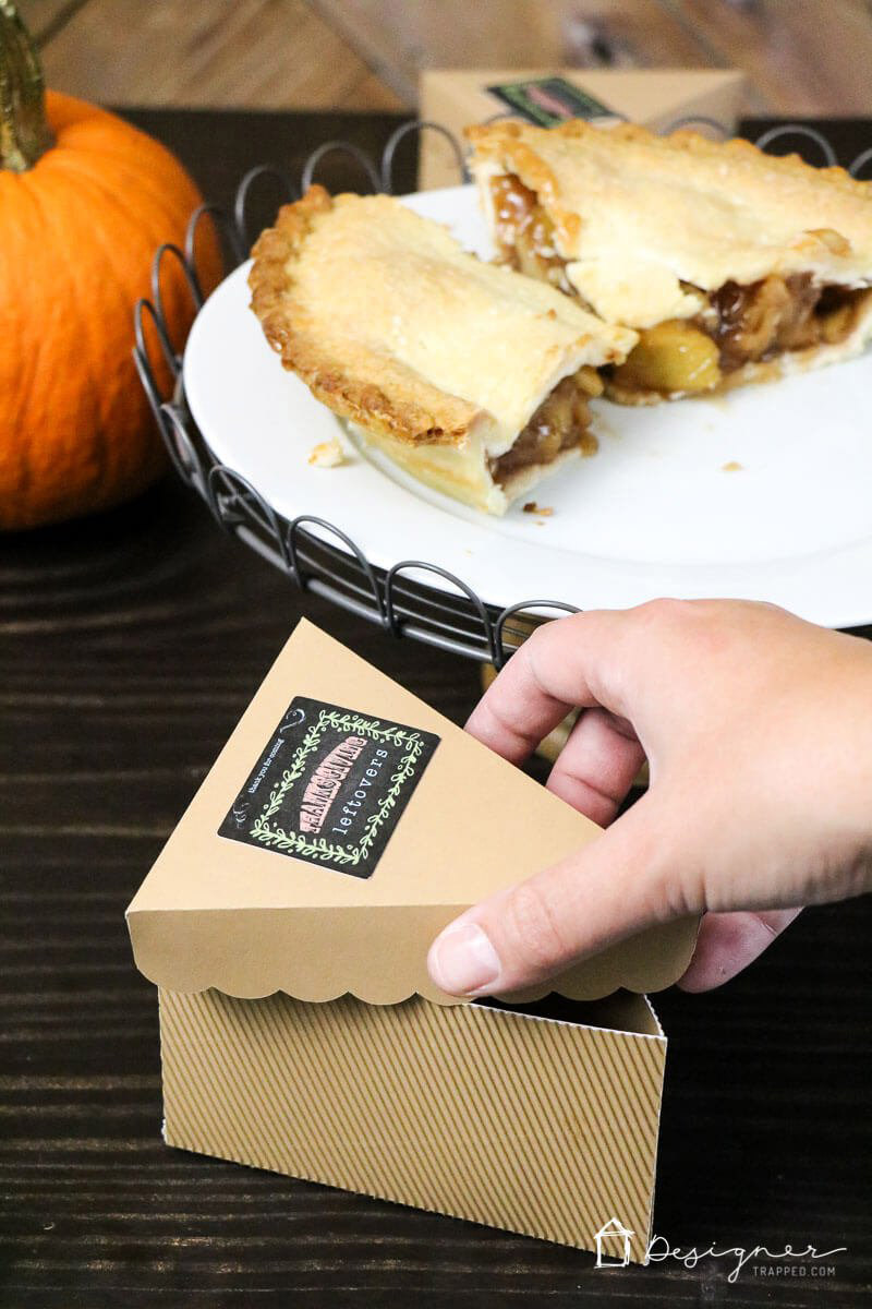 Your guests can take home some Thanksgiving food with these DIY leftover boxes