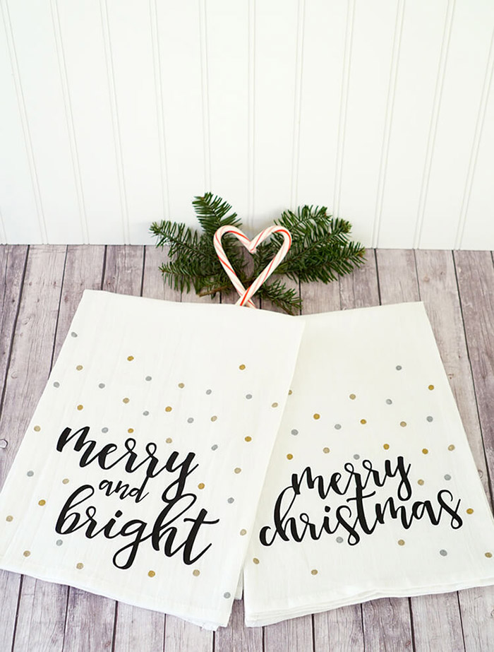 Easy Christmas Tea Towels by Happiness Is Homemade