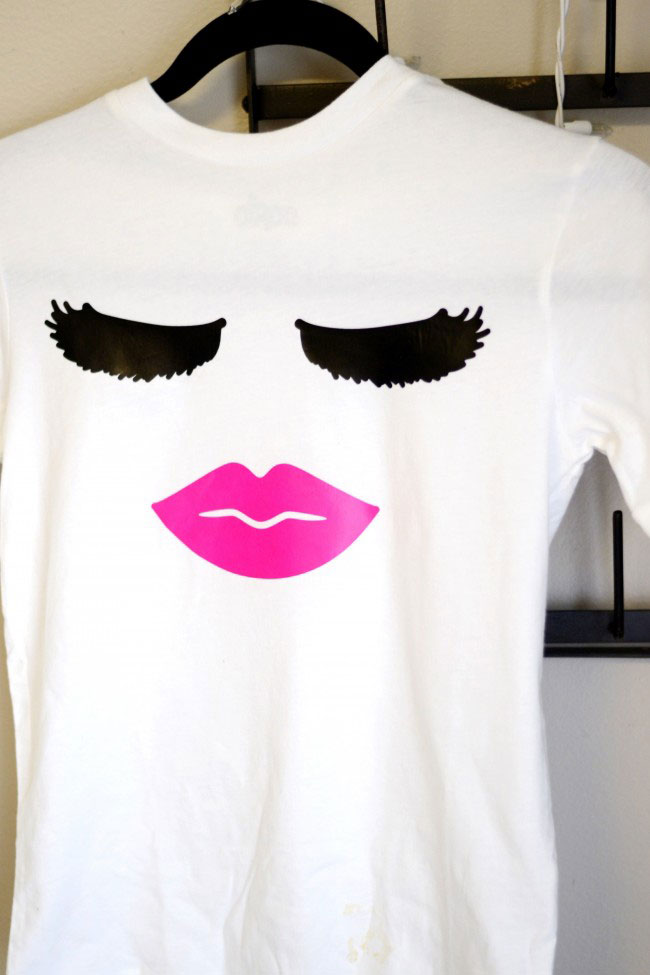 This lips and lashes shirt is stylish and trendy