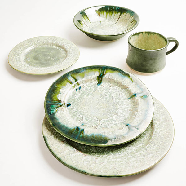 Oyster dinnerware