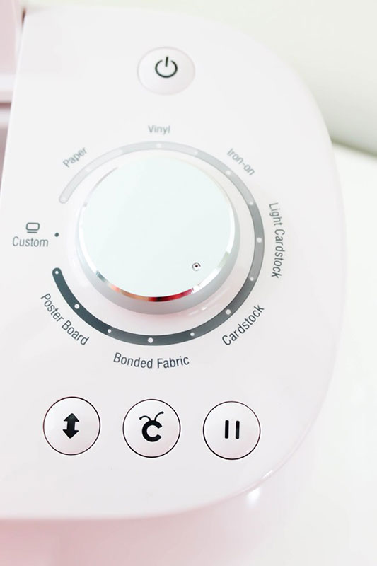 Close up of the Cricut Air 2 Selection Dial