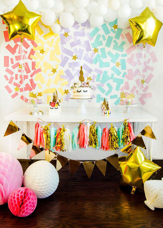 Delight your guests with this magical unicorn party theme