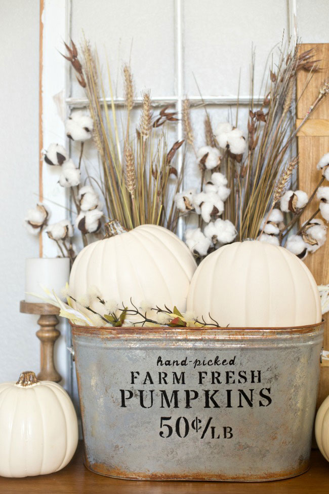 Make this farmhouse pumpkin bucket for a lovely fall display