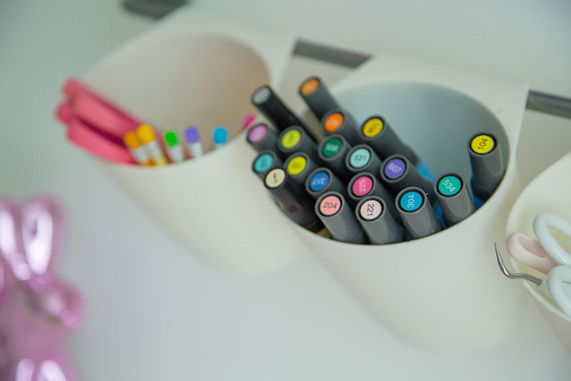 Organizing pens