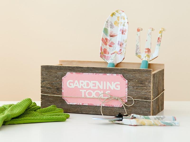 Gardening tool labels