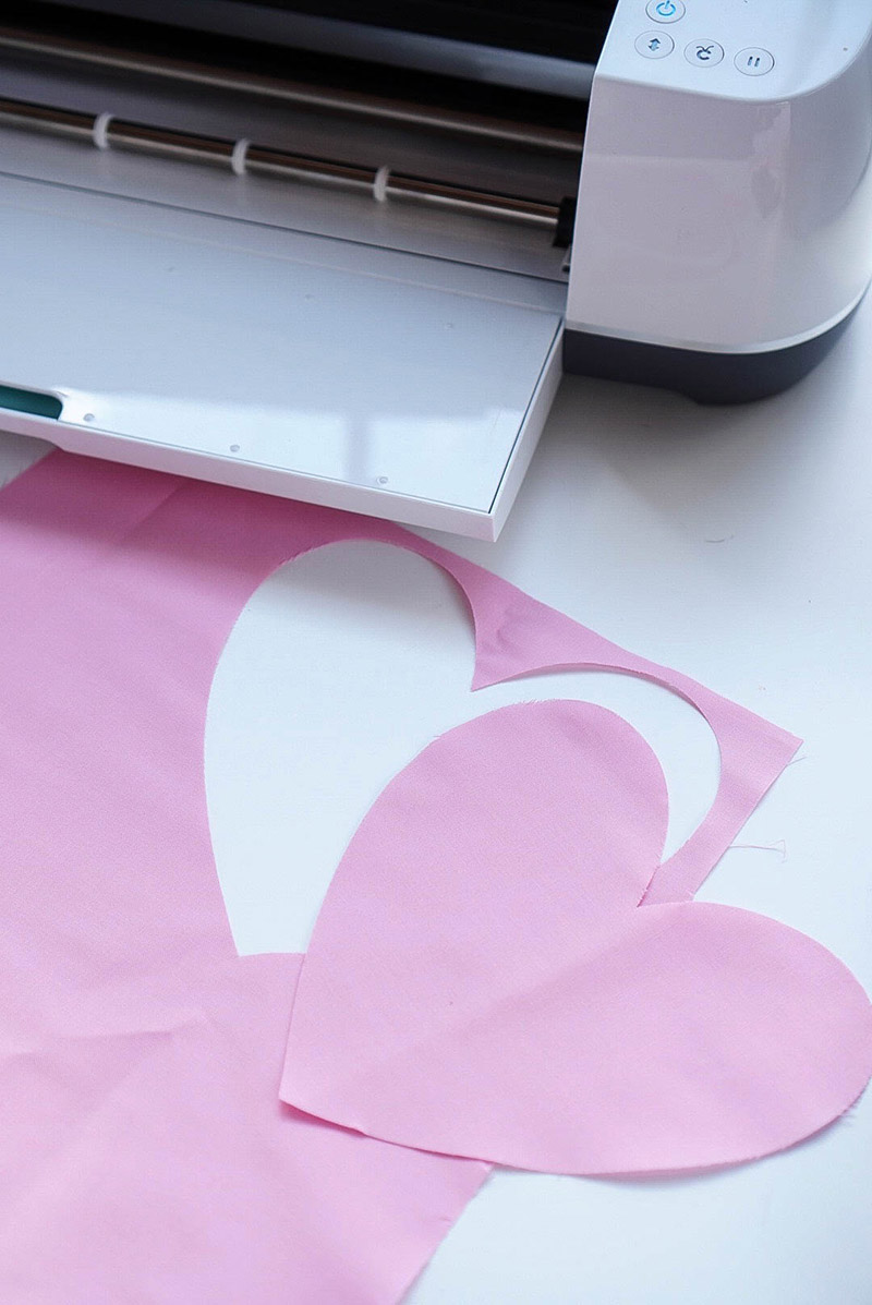 Cut out the accents for your fabric banner