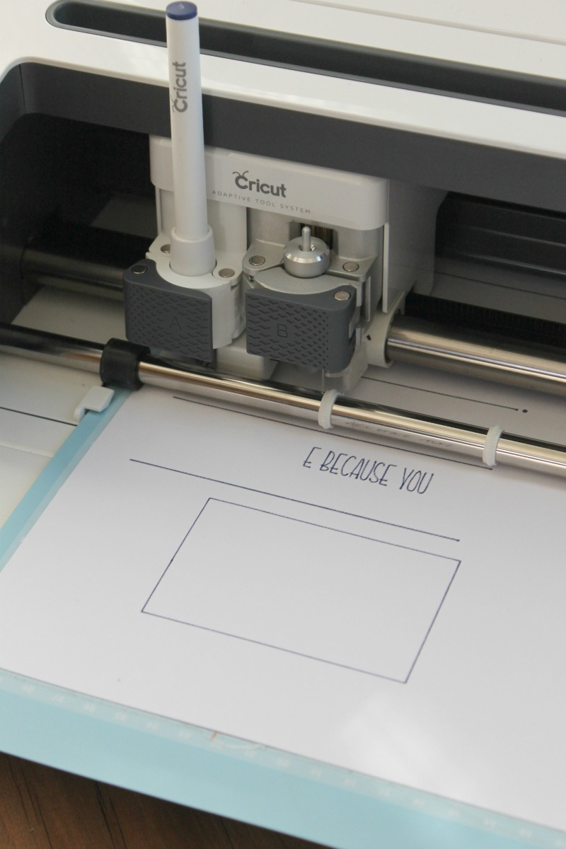 Let your Cricut draw your Father's Day card