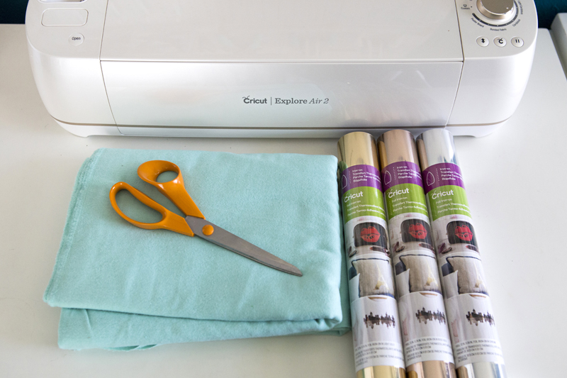 Supplies for DIY Fabric Iron-on Banners