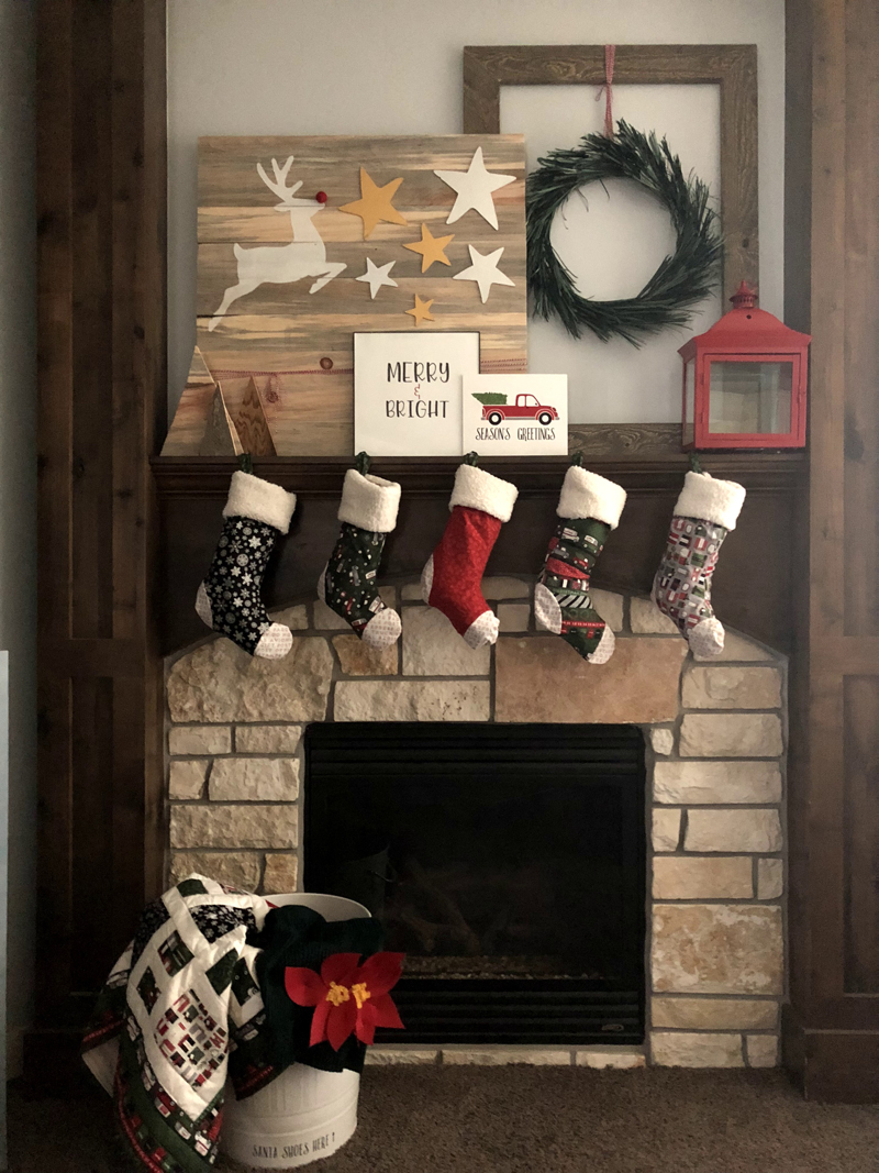 8 Weeks to DIY Holiday Decor: Mantel
